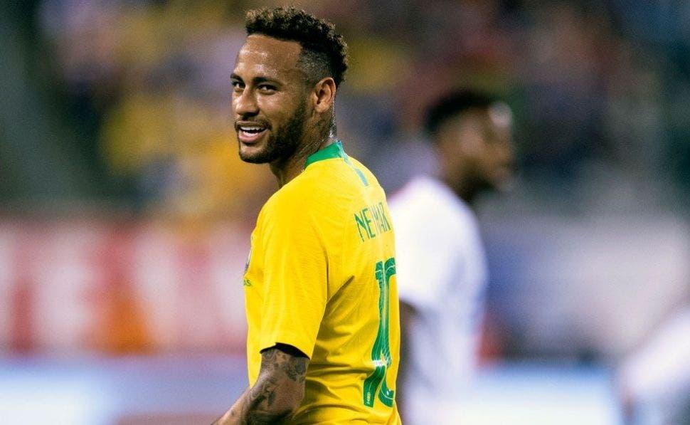 """Neymar a Coutinho o """"Díselo a Messi"""" (y es de Florentino Pérez)   EFE"""