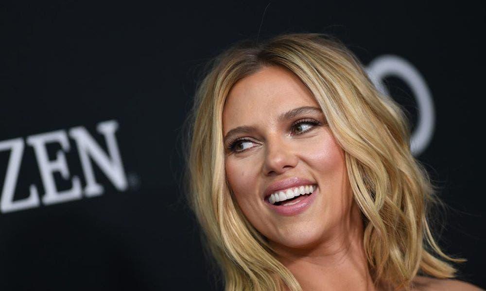 Se Ha Puesto Mas Scarlett Johansson Ensena Esto Video Bomba
