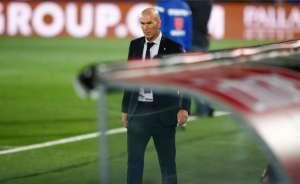 Zinedine Zidane en el partido contra el Cádiz